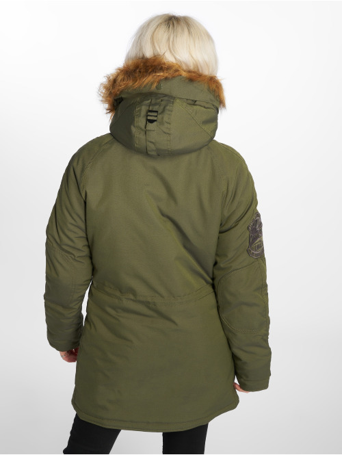 Alpha Industries Winterjacke Explorer grün