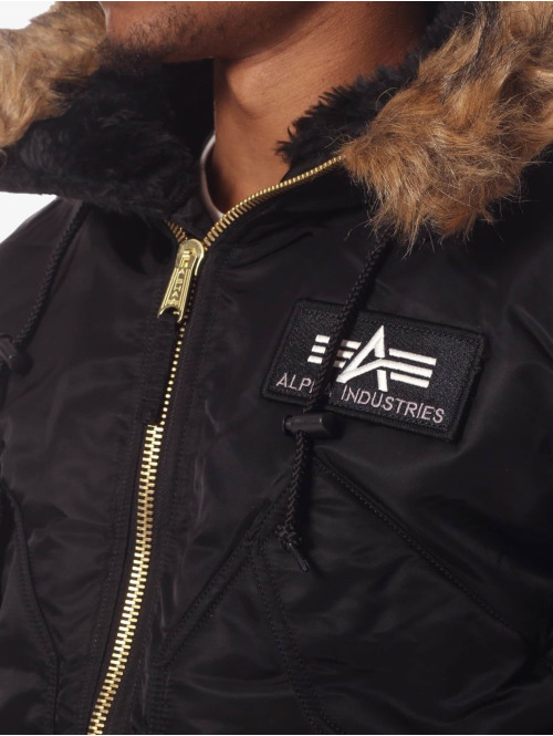 Alpha Industries Winterjacke 45 P schwarz