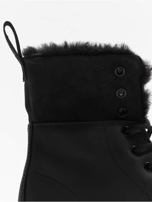 Dr. Martens Boots Kolbert Waxy Suede WP 8-Eye Snowplow schwarz
