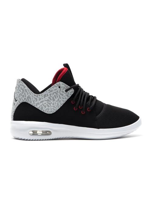 Jordan Schuhe First Class schwarz