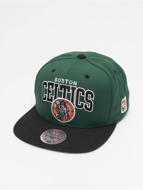 Mitchell & Ness Snapback Cap Boston Celtics HWC Team Arch grün