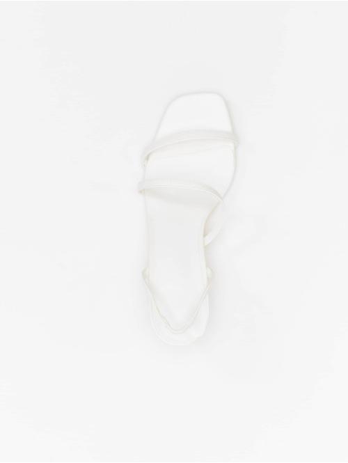 NA-KD Sandalen Asymmetric Straps weiß