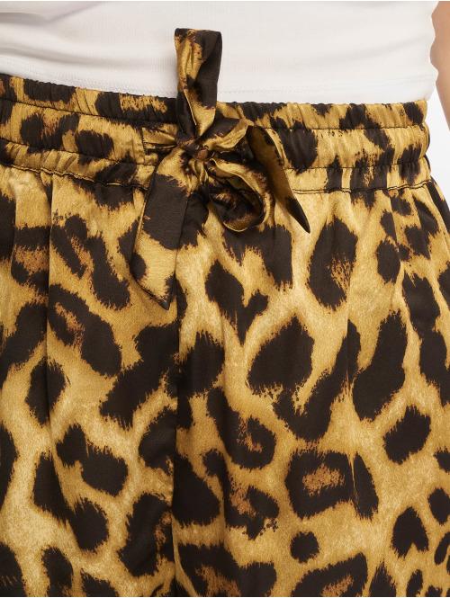NA-KD Shorts Leo braun