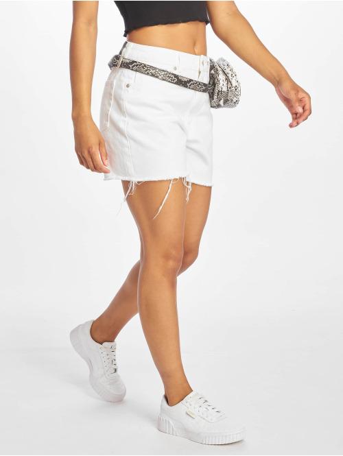 NA-KD Shorts Raw Hem High Waist Denim weiß