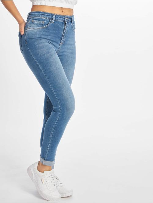 NA-KD Skinny Jeans Raw Hem blau