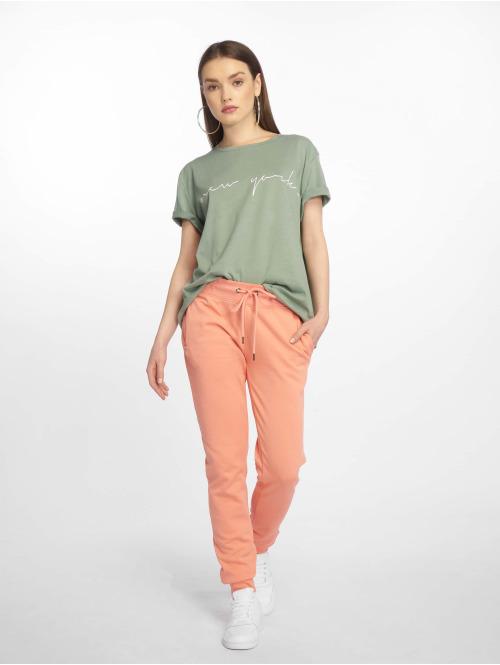NA-KD T-Shirt New York grün