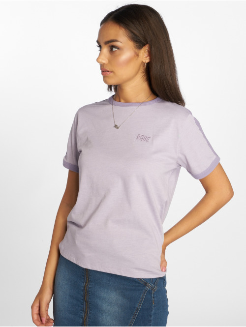 NA-KD T-Shirt Babe Embroidery violet