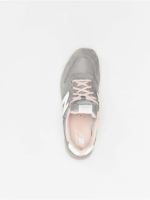 New Balance Sneaker WR996 grau