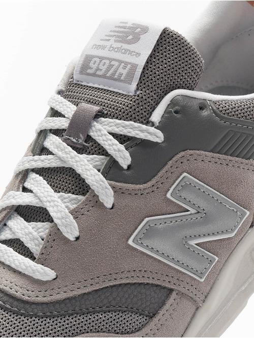 New Balance Sneaker CM 997 grau