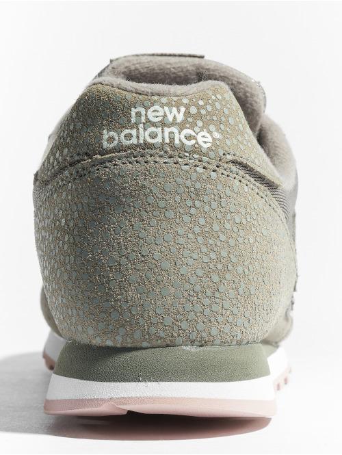 New Balance Sneaker WL373 grün