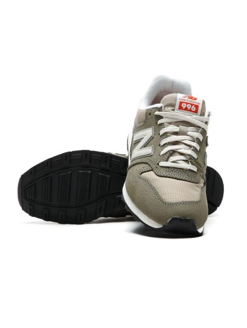 New Balance Sneaker WR996VCB grün