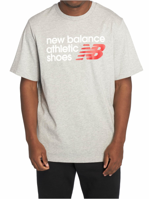 New Balance T-Shirt Essentials Normal grau
