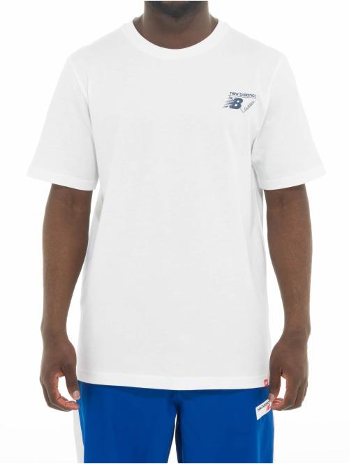 New Balance T-Shirt Essentials Classic Lock weiß