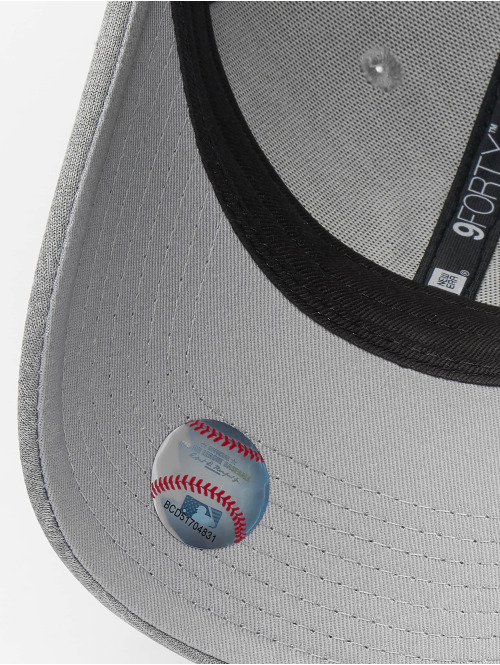 New Era Snapback Cap MLB NY Yankees Shadow Tech 9forty grau