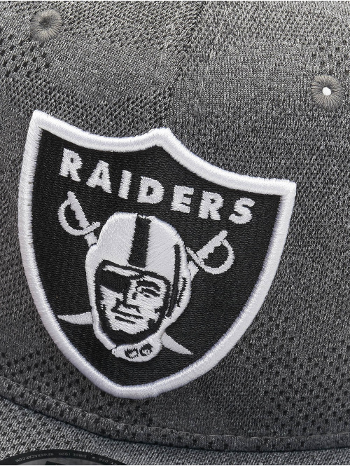 New Era Snapback Cap NFL Oakland Raiders Engineered Plus 9Fifty grau