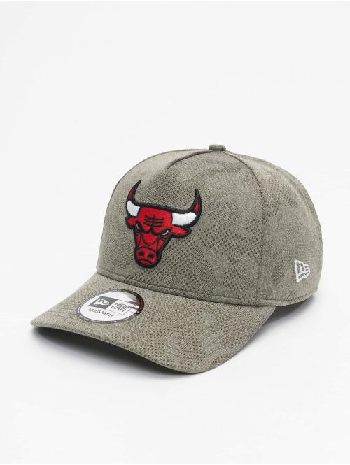 New Era Snapback Cap NBA Chicago Bulls Engineered Plus Aframe olive