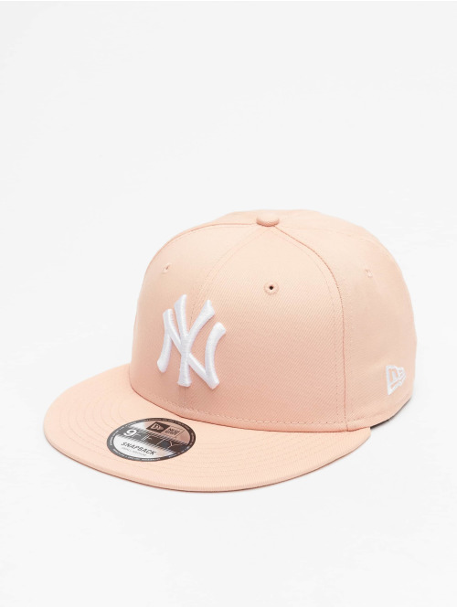 New Era Snapback Cap MLB NY Yankees League Essential 9Fifty rosa