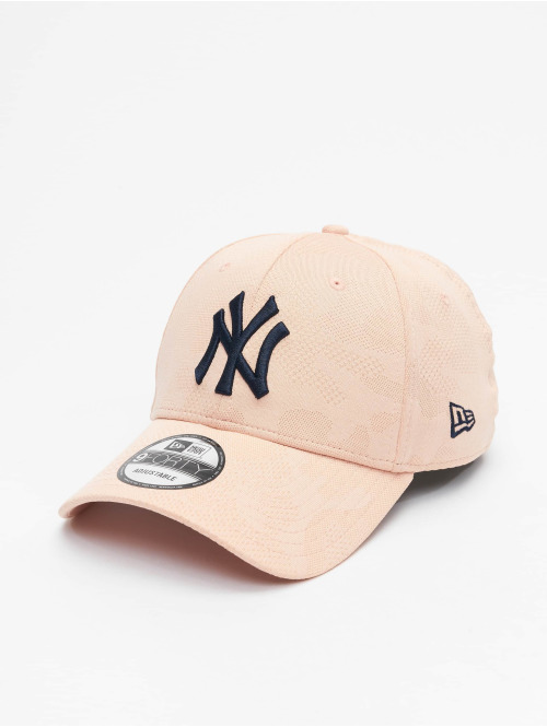 New Era Snapback Cap MLB NY Yankees Engineered Plus 9Forty rosa