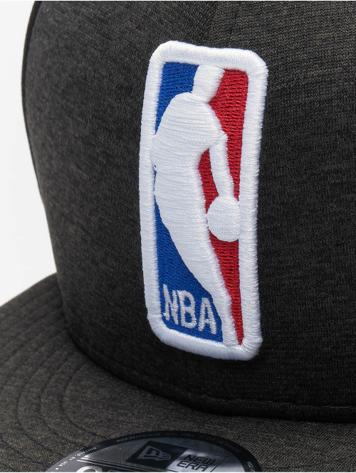 New Era Snapback Cap Shadow Tech NBA Generic Logo 9Fifty schwarz