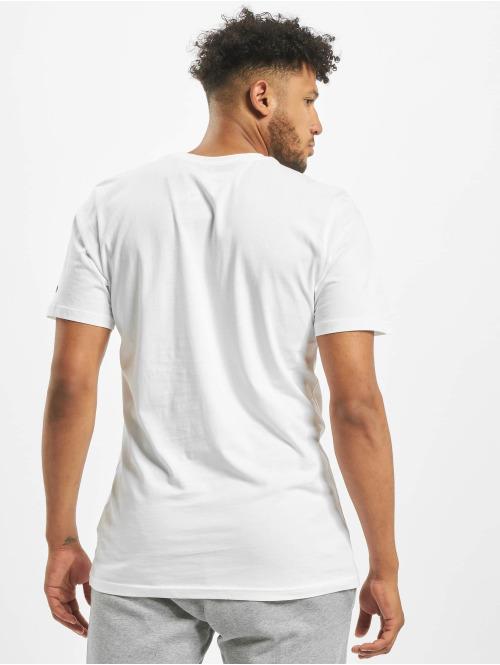 New Era T-Shirt Essential Flag weiß