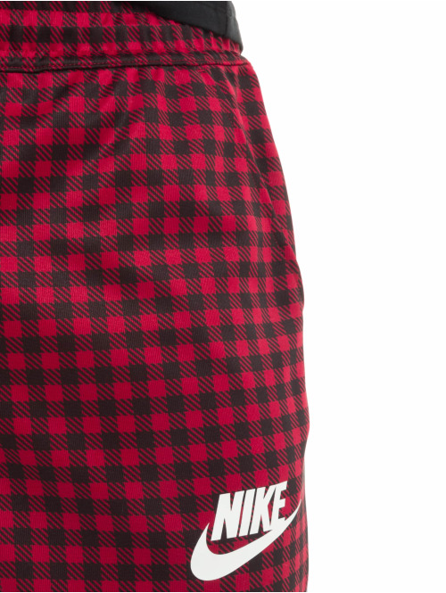Nike Jogginghose GFX Slim rot