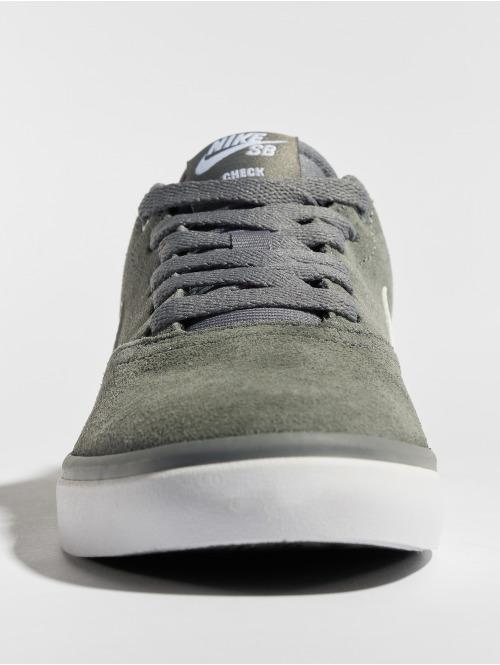 Nike SB Sneaker Check Solarsoft Skateboarding grau