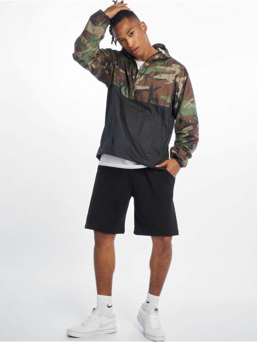 Nike SB Übergangsjacke Anorak olive