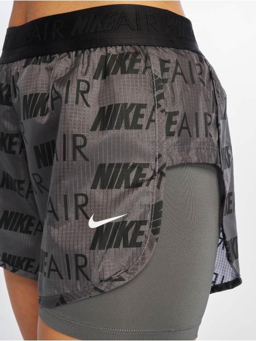 Nike Shorts Shorts grau