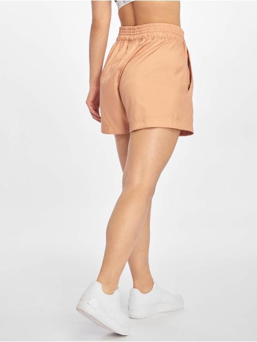 Nike Shorts Woven rosa