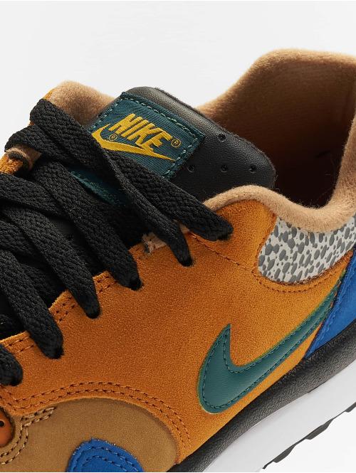 Nike Sneaker Air Safari SE SP 19 bunt