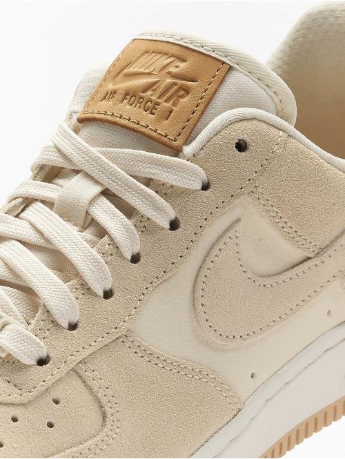 Nike Sneaker SB Air Force 1 '07 Premium gelb
