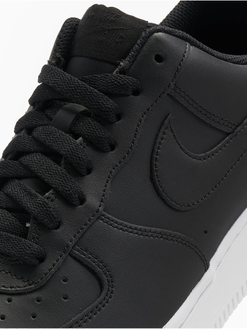 Nike Sneaker Air Force 1 '07 schwarz