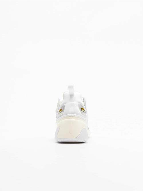 Nike Sneaker Zoom 2K weiß