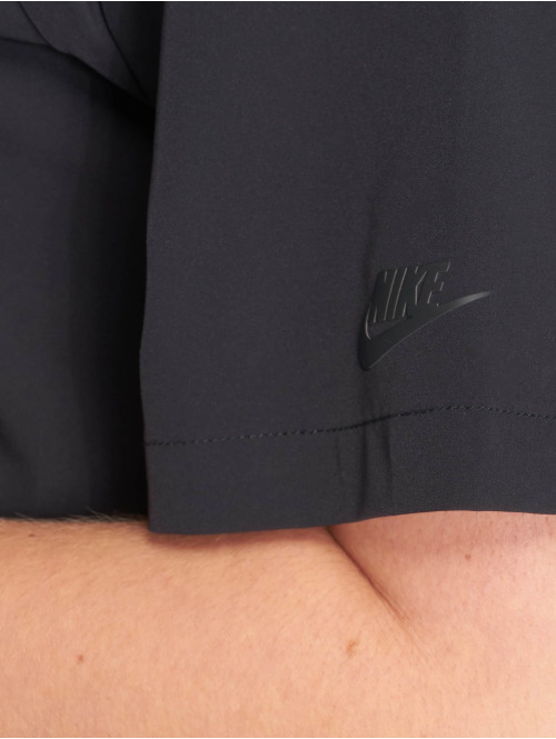 Nike T-Shirt Sportswear Tech Pack schwarz