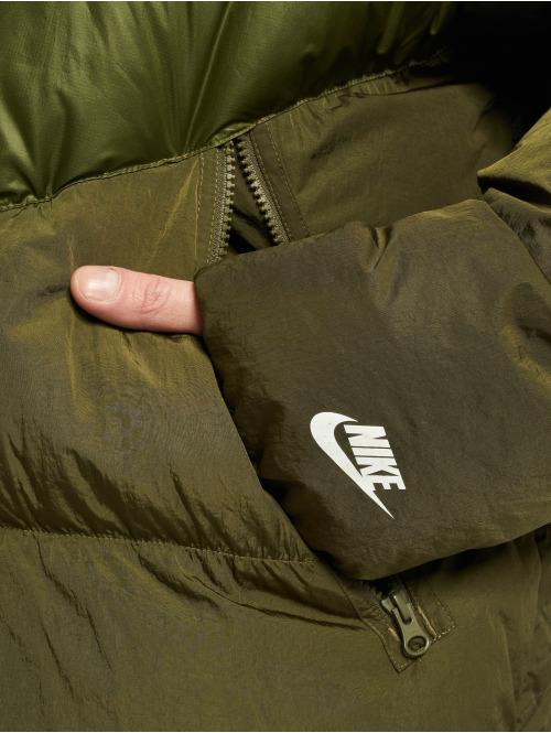 Nike Winterjacke Sportswear olive