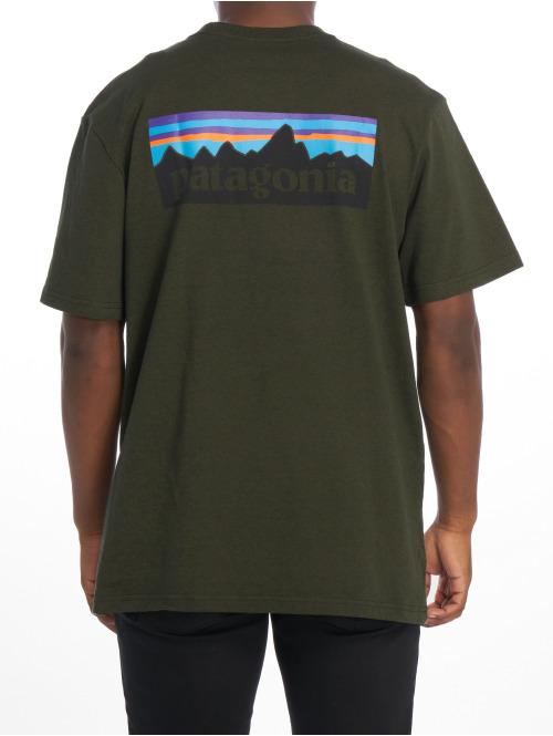 Patagonia T-Shirt M's P-6 Logo Responsibili grün
