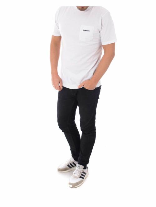 Patagonia T-Shirt P-6 Logo Pocket Responsibili-Tee weiß