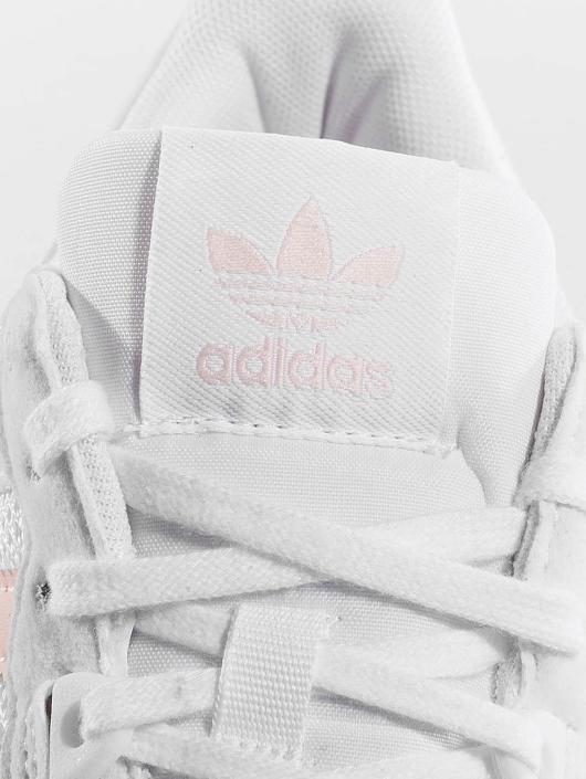 adidas originals Baskets ZX 700 W blanc