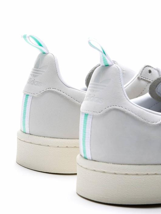 adidas Originals Baskets Campus blanc