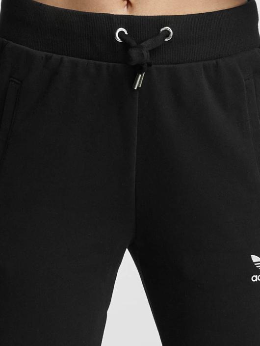 adidas originals Jogginghose Slim Cut schwarz