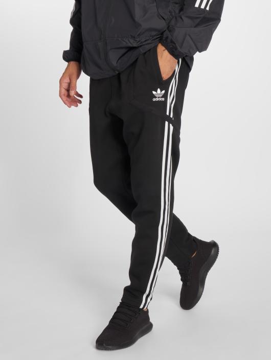 adidas originals Herren Jogginghose Windsor Tp in schwarz 499659 663456aa51