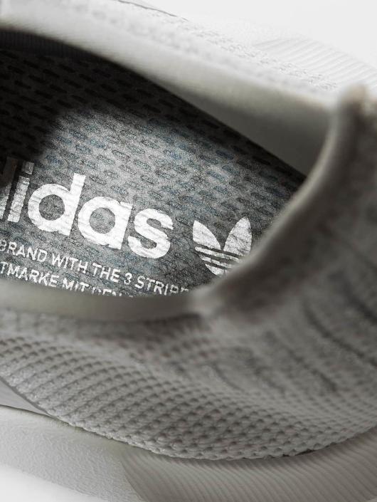 adidas originals Sneaker Swift Run grau