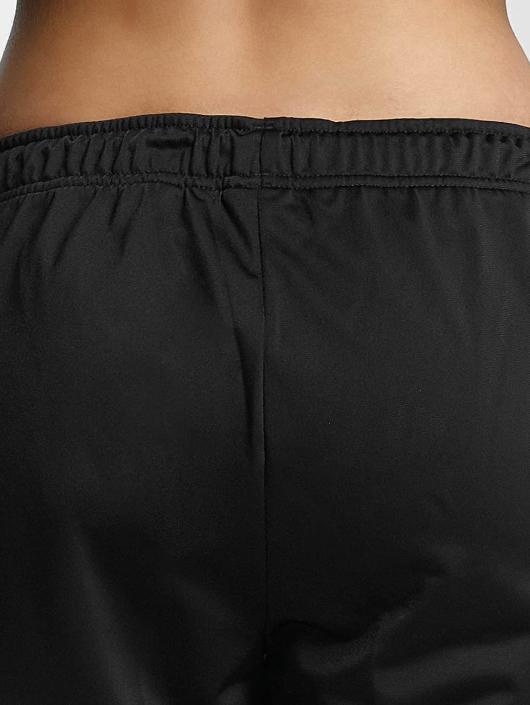 adidas originals Spodnie do joggingu Cigarette czarny