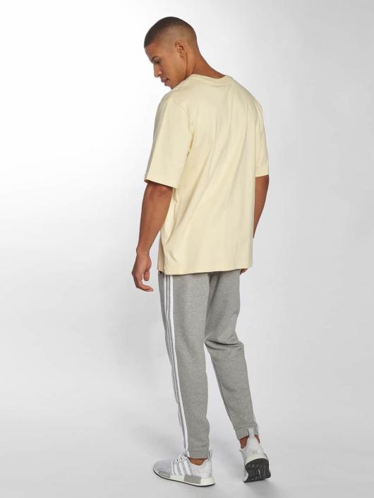 adidas originals T-Shirt Oversized yellow