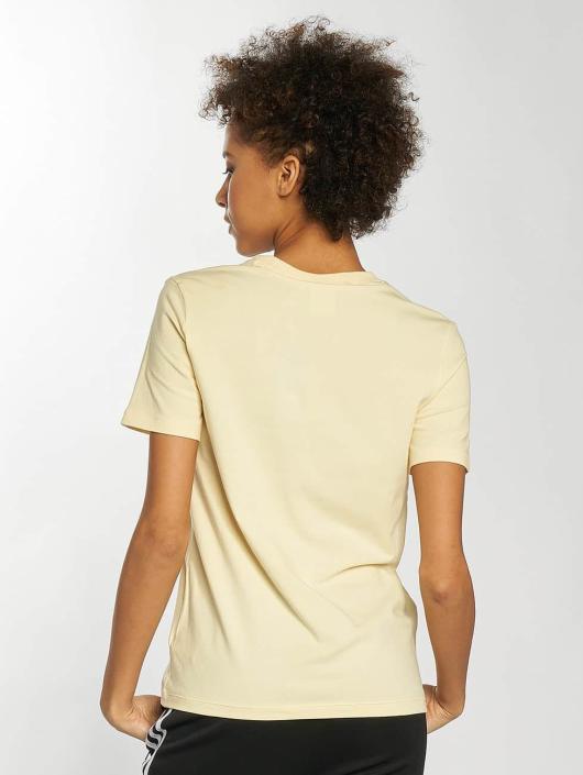 adidas originals T-Shirt Trefoil yellow