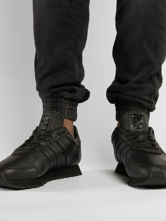 adidas originals Tennarit Heaven musta