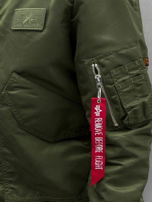 be72ff8ac8e0 Alpha Industries jas   Bomberjack CWU LW PM in groen 314993
