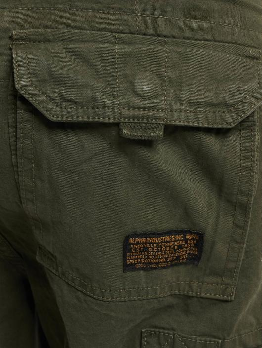 Alpha Industries Short Terminal Cargo olive