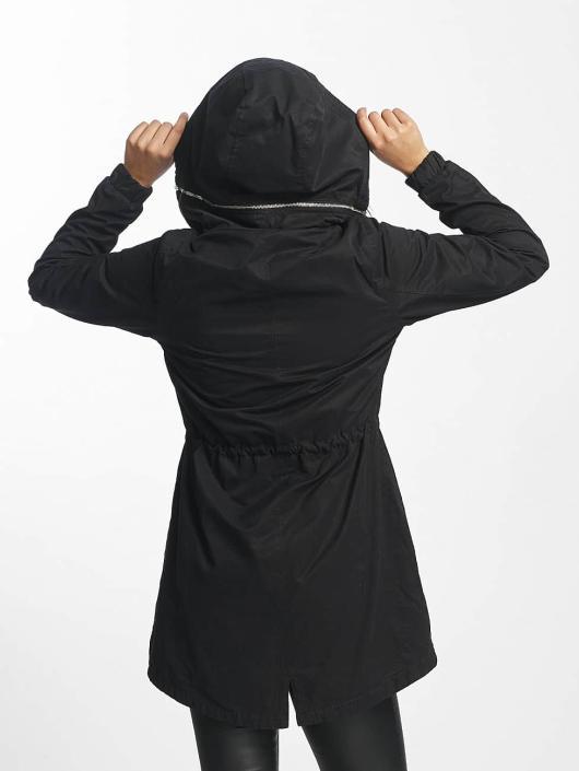 Bench Parka Feminine Beltet zwart