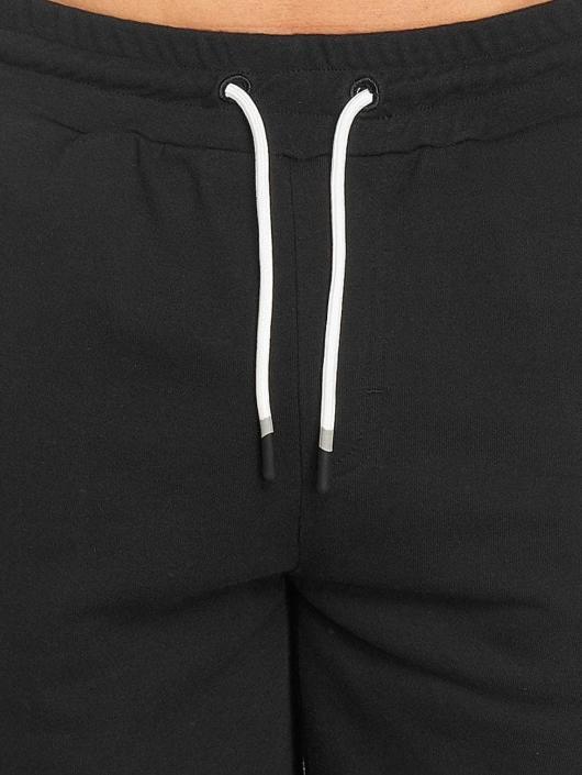 Bench Shorts Rolled schwarz
